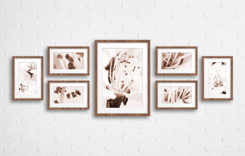 koláž obrazov na stene