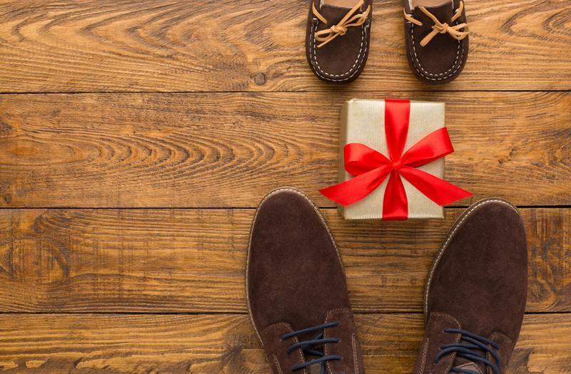 Boty a dárek