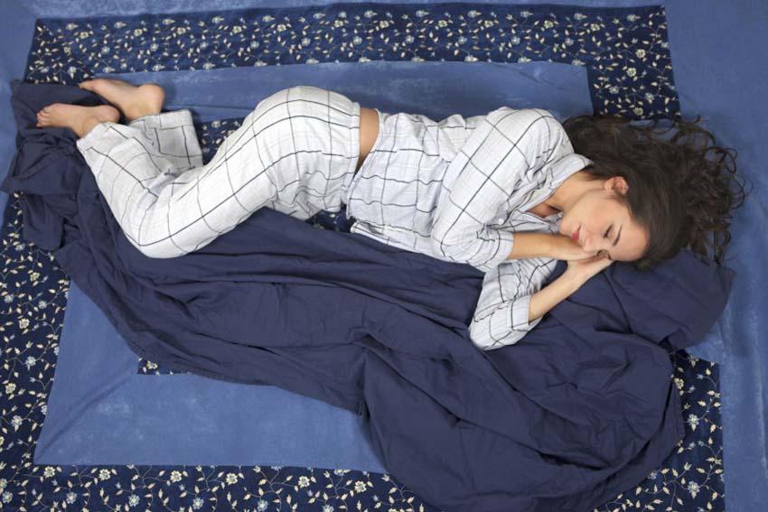 Poloha spánku na boku