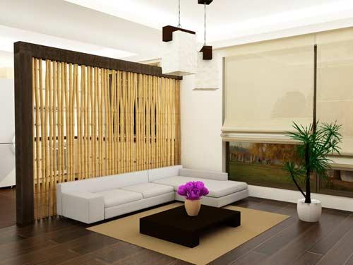 Obývačka s rákosovou stenou a kvetmi