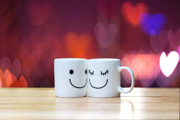 Šálky s úsmevom