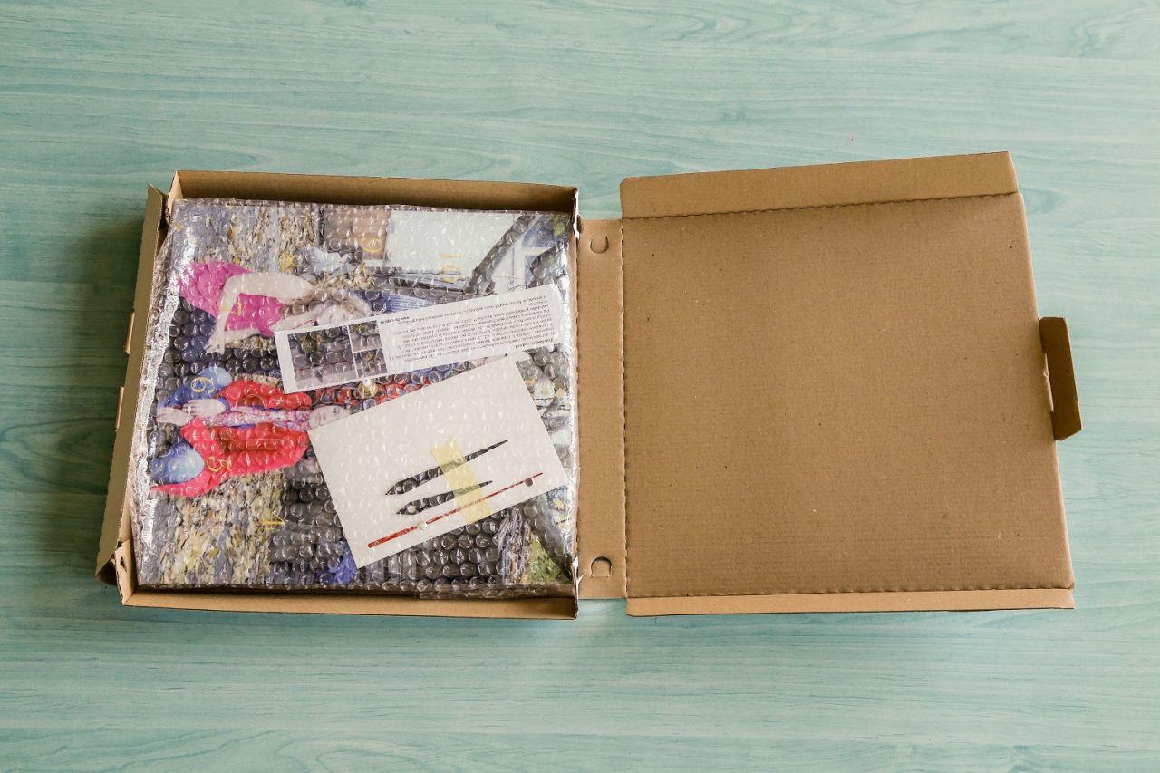 Fotohodiny FaxCOPY zabalené v krabici