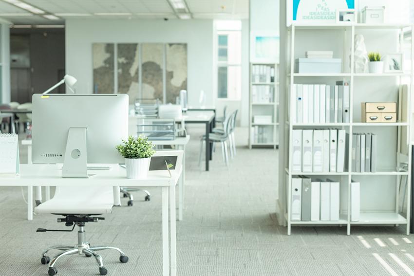 Upratané prostredie kancelárie